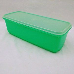 Vintage Tupperware Green Easy Crisp Keeper